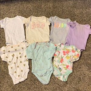 Baby girl 3-6 month lot (cat&jack , baby gap)